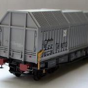 Wagon towarowy z teleskopowymi ścianami Simms (Jan-Kol 260-5)