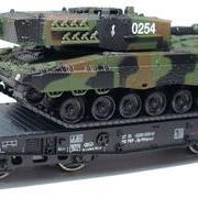 Wagon platforma podczołgowa z czołgiem Sp (Roco 66489)