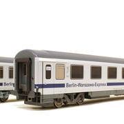 Wagon osobowy 1 kl Berlin-Warszawa-Express Avmz 207 (ACME 55042)