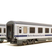 Wagon osobowy 2 kl Berlin-Warszawa-Express Bmnouz (ACME 55042)