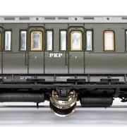Wagon osobowy 2 kl By (Roco 45764)